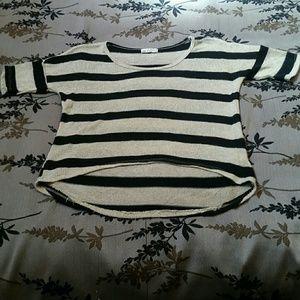 🔥Gold Shimmer & Black Striped Crop Top